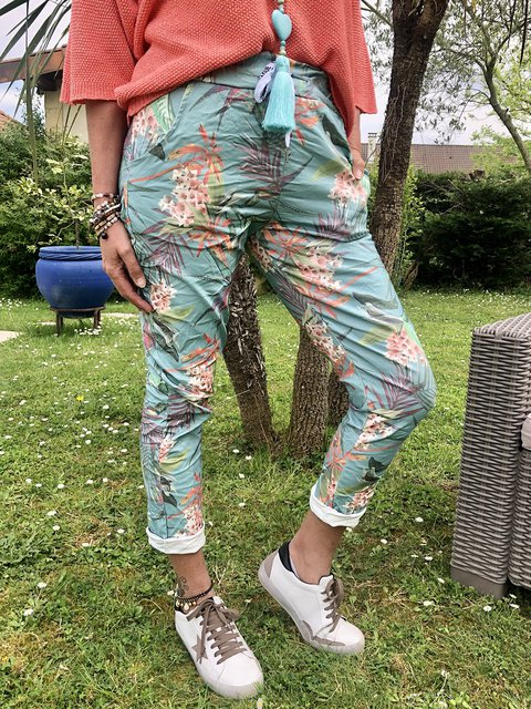 Women Printed Floral Pants Tapered Trousers