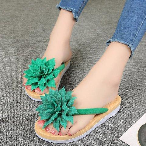 Women Flat Heel Flip Flop Artificial Suede Flower Slippers