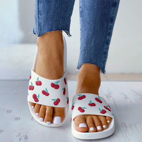 Cherry Beach  Pvc Slippers