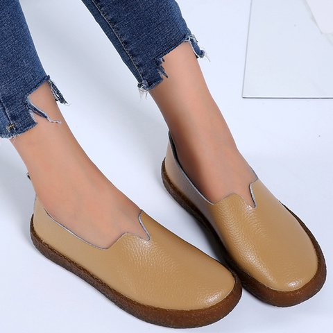 Large Size Soft Artificial Leather Flat Heel Slip-On Flats