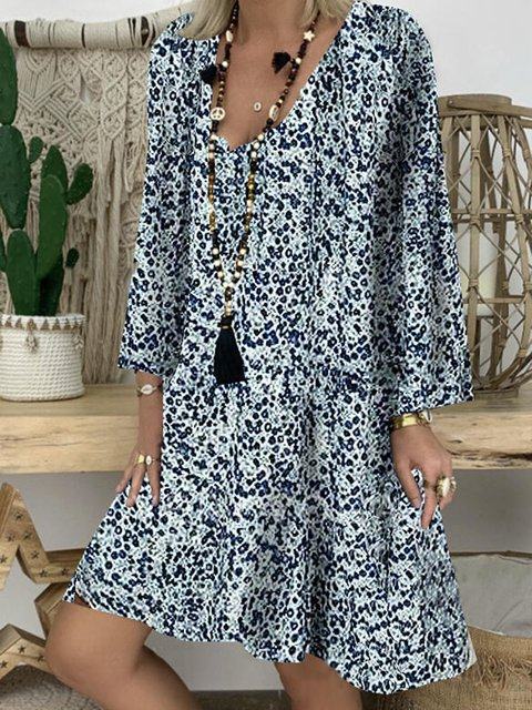 Print V-neck Knee Length Casual Dresses