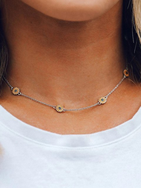 Women baisy Alloy Necklaces