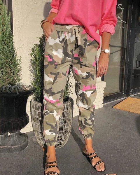 Pink Statement Camo Pockets Pants