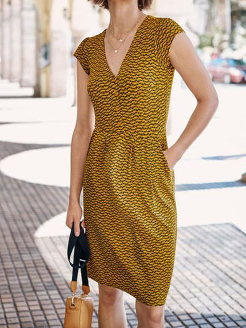 Yellow Geometric V Neck Casual Dresses