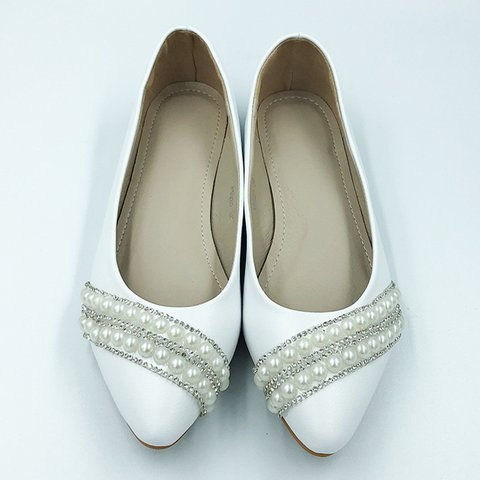 White Slip-On Low Heel Pearl Casual Flats