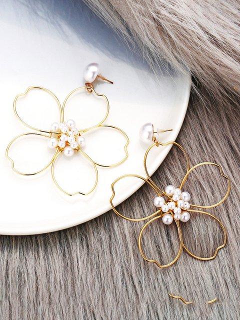 Women Alloy Flower Earrings