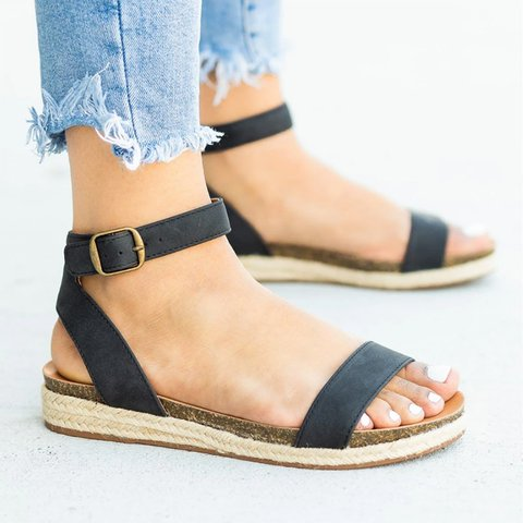 Pi Clue Low Heel Artificial Leather Sandals