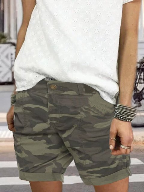 Casual camouflage shorts