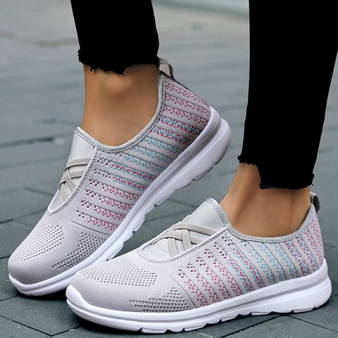 Women Lace-Up Mesh Casual Sneakers
