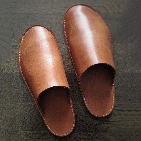 Brown Closed Toe Slip-On Pu Flat Heel Slippers