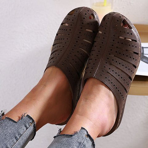Closed Toe Hollow-out Flat Heel Women Slippers