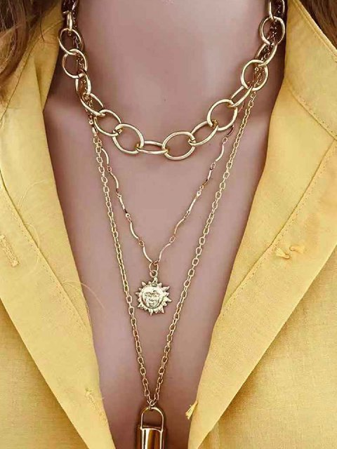 Golden Alloy Gorgeous Necklaces