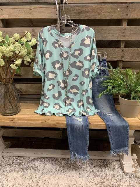 Lightgreen Leopard V Neck Short Sleeve T-Shirts
