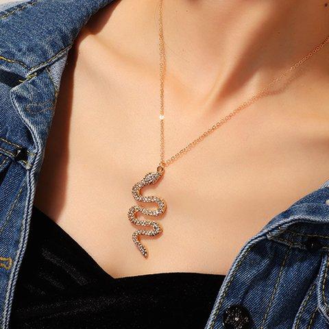 Personality Fashion Serpentine Rhinestone Glittering Pendant Necklaces