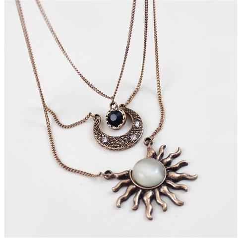Vintage Elegant Necklaces