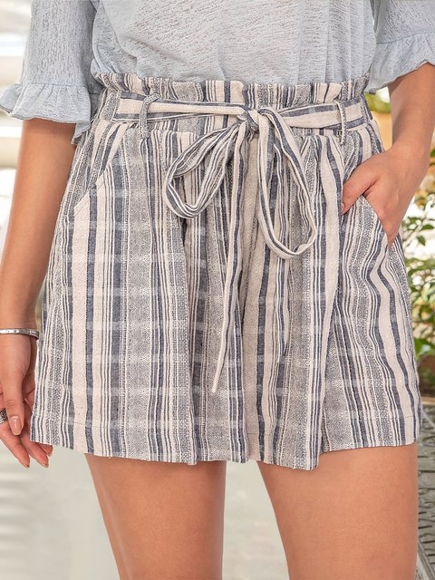 Women Printed Casual Shorts With Belt