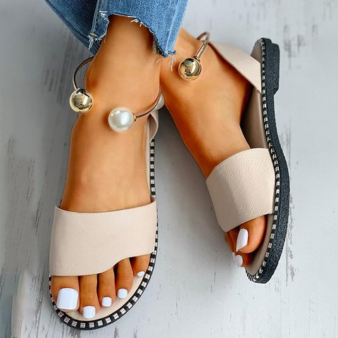 Pearl Buckle Simple Lady Sandals