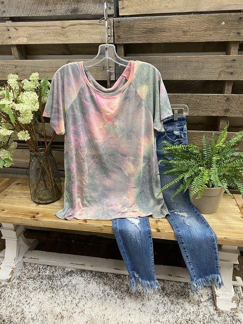 Multicolor Gradient Round Neck Stitch Design T-shirt