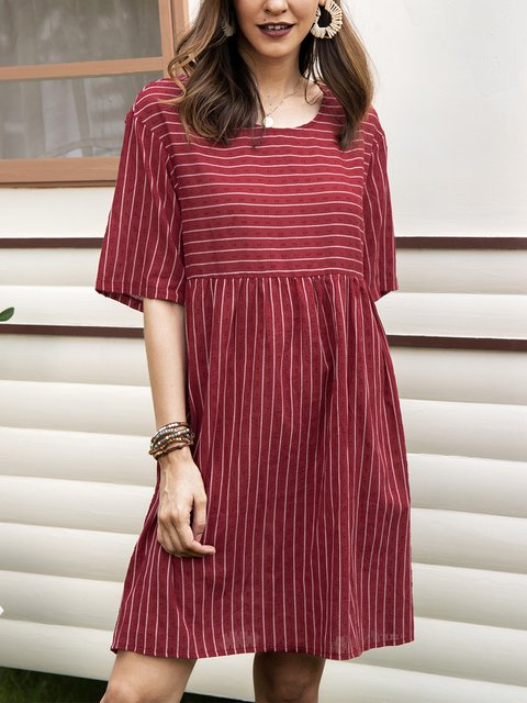 Red Paneled Short Sleeve Crew Neck A-Line Dresses