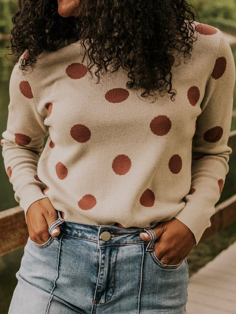 Casual pullover knit sweater with polka dot decoration