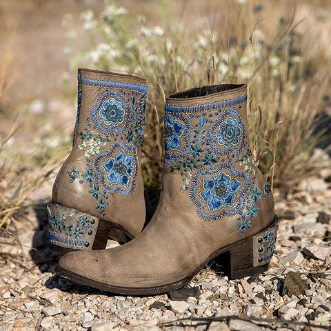 Casual Rivet Block Heel Artificial Leather Boots