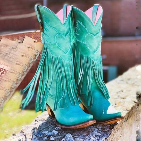Vintage handmade shoes, chunky, high-heeled, mid-barrel, pointy, fringed boots
