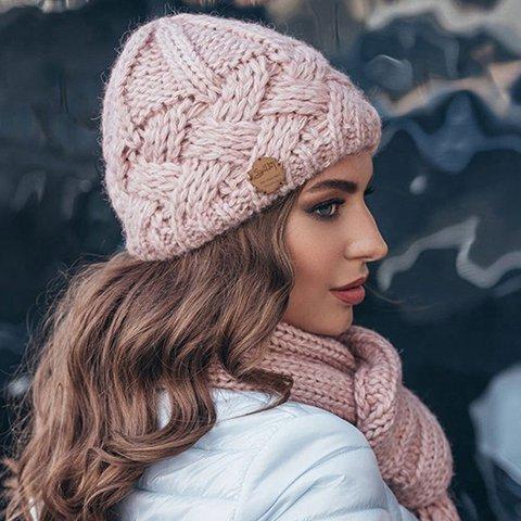 Vintage style diamond lattice thick needle woollen hat