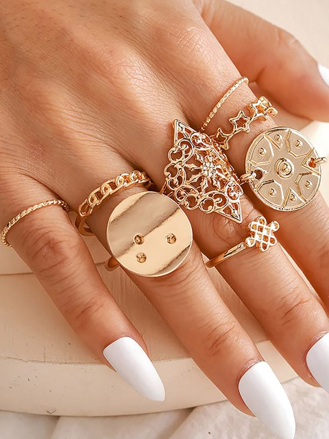 Round Five Pointed Star Ring with Hollow Pattern 8 Pieces