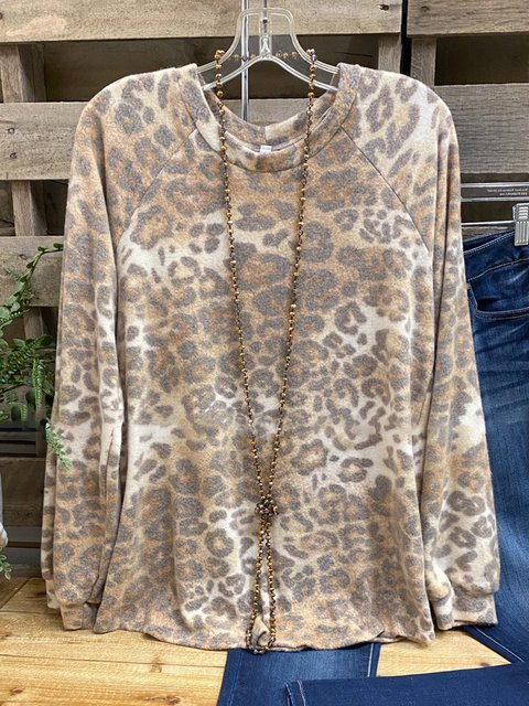 Leopard Crew Neck Casual Printed Leopard Shirts & Tops