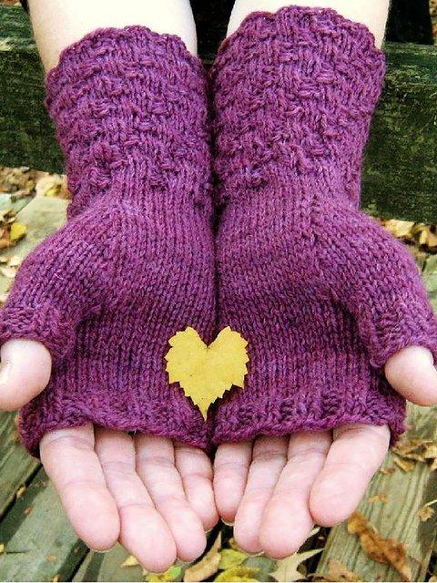 Plain Sojourn Gloves & Mittens