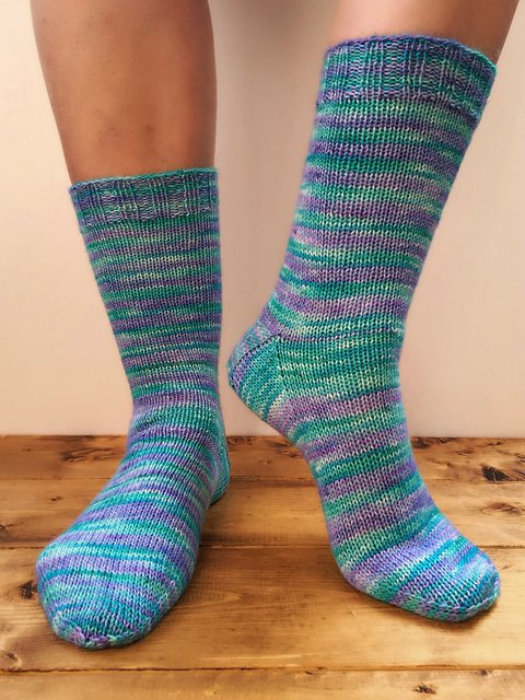 Solid Color Knitting Pattern Socks